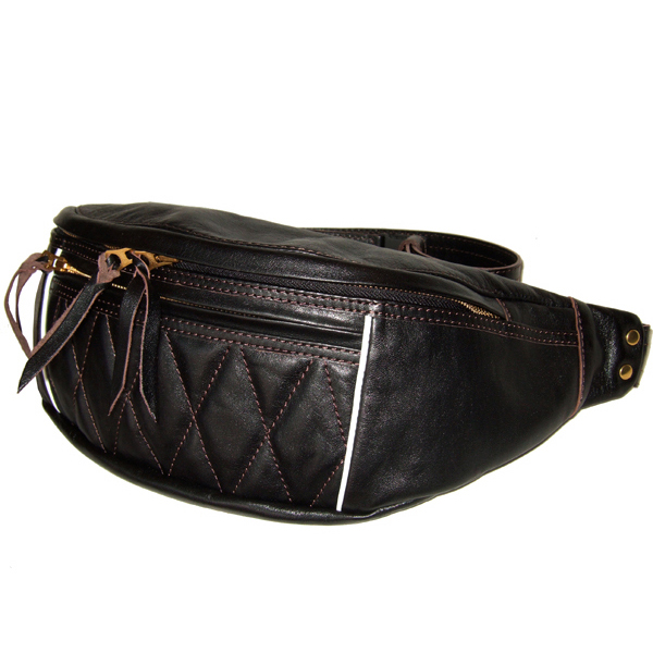 7b_1_wr_a_ridingwaistbag1