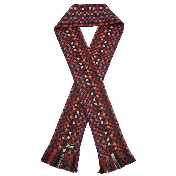 7h_02b_dap_geometry_woolen_scarf